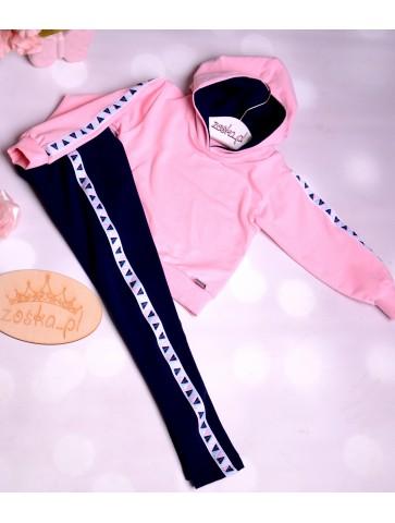 Granatowo Różowy dresik z lampasem dla dziewczynki