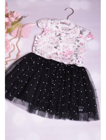 Piękne tiulowe sukienki z perełkami