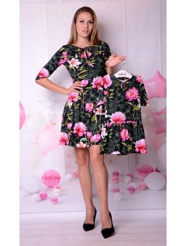 Czarne sukienki w kwiaty dla mamy i córki