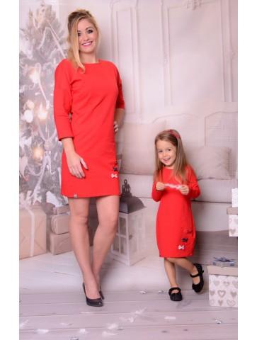 Czerwone świąteczne sukienki z kokardkami dla mamy i córki