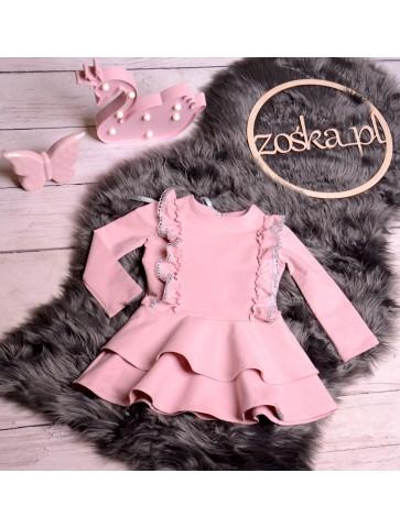 Różowa sukienka princesska z falbankami