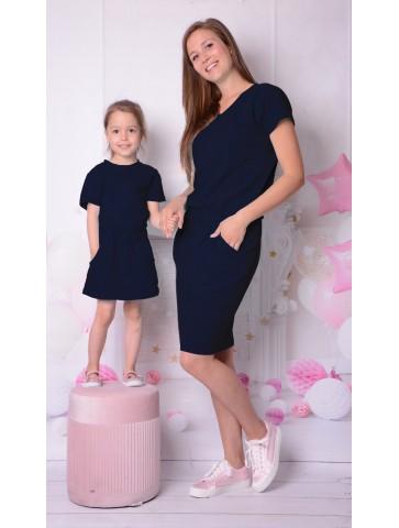 Sukienki granatowe z kieszeniami dla mamy i córki