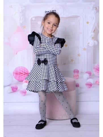Sukienka w pepitkę dla dziewczynki na święta