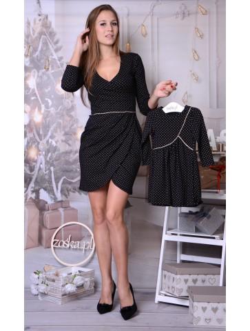 Schwarze Kleider mit...