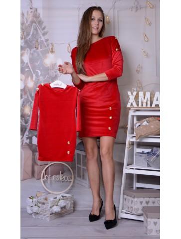 Czerwone welurowe sukienki z guzikami dla mamy i córki