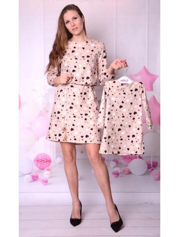 Wiosenne Beżowe sukienki w serduszka mama + córka